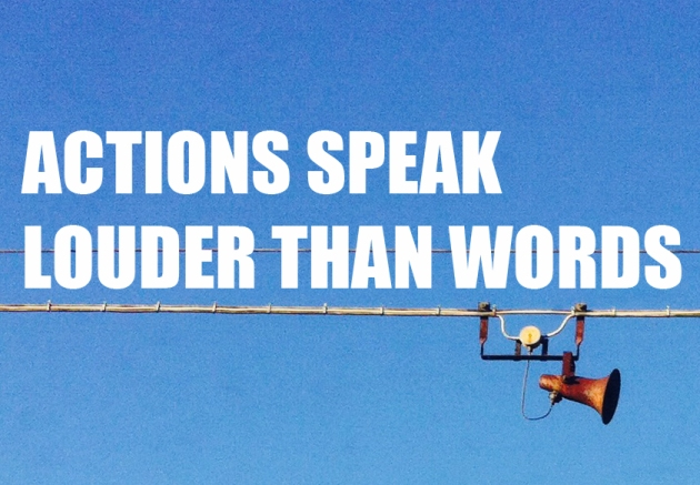 """Esta fotografía, """"Actions speak"""", es una versión de """"Creative Commons Speaker Wires"""" de ictusoculi, modificada bajo CC de """"Actions Speak"""" con la licenciada CC de pistoconhuevo."""